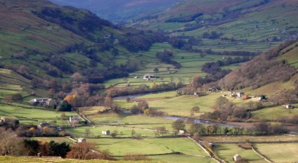 Swaledale from the road up to The Fleak