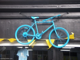 York - tour de Yorkshire - blue bike