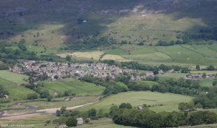Reeth, Swaledale, with Fremington Edge behind