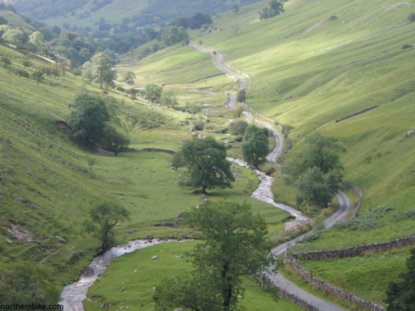 Park Gill Beck & the road down to Kettlewell from Park Rash